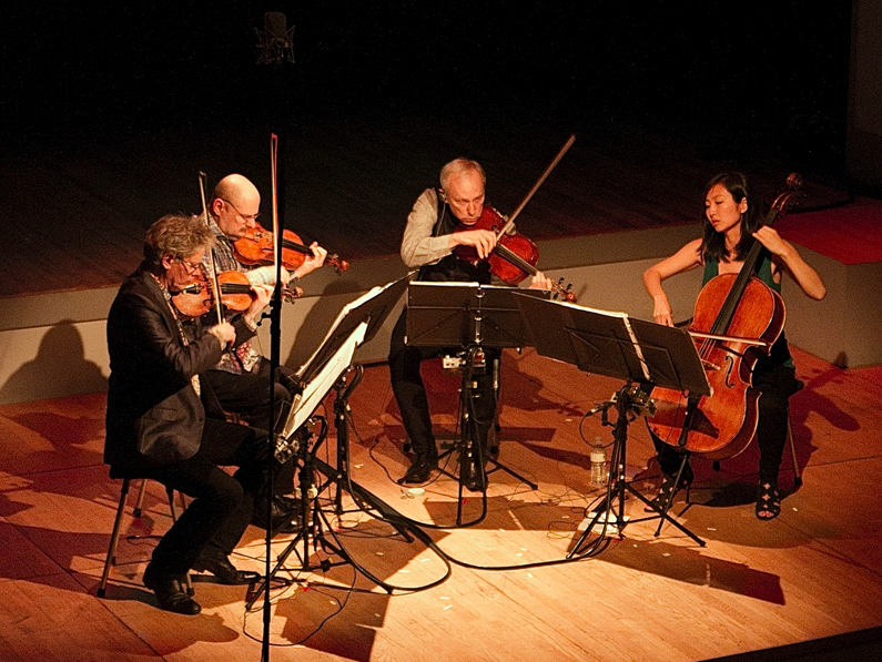 Kronos Quartet</br></br><center> <h6>Booking in Spain</h6></center>